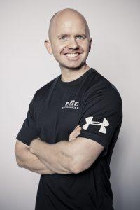 Casper Jespersen er personlig træner og ejer af Performance Gym PT i Aarhus og har over 15 års erfaring fra fitnessbranchen